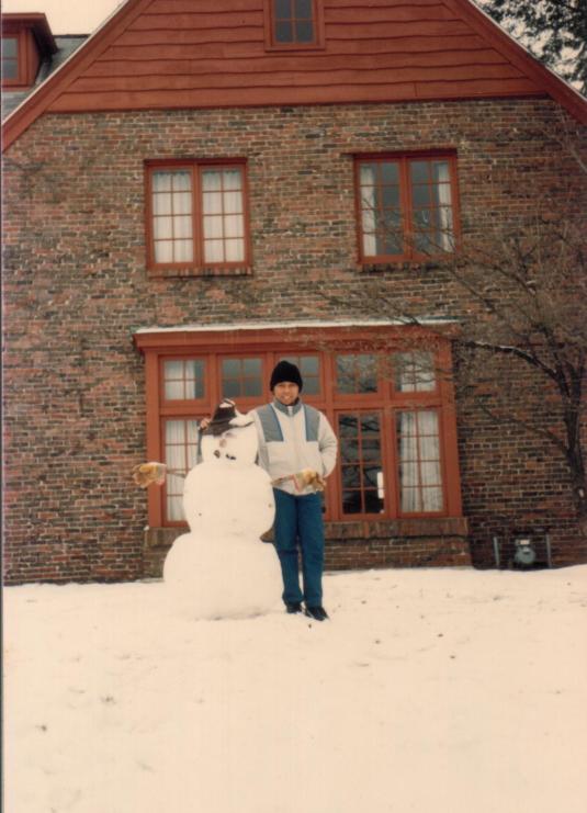 tri-djoko-di-depan-international-house-1987